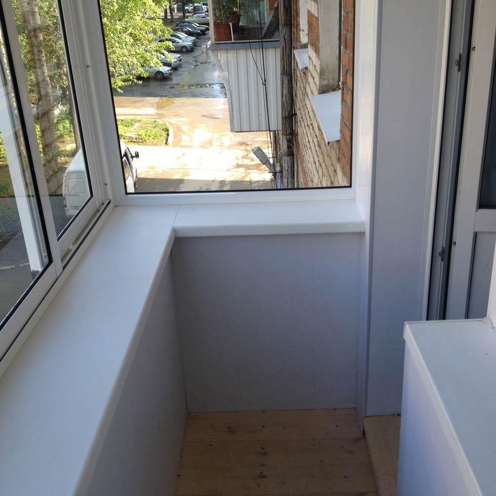Современная отделка балкона может быть любой