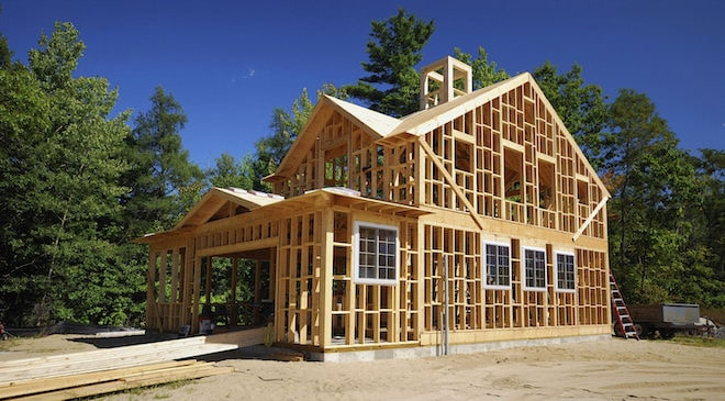 Построить дом своими руками можно, но сложно